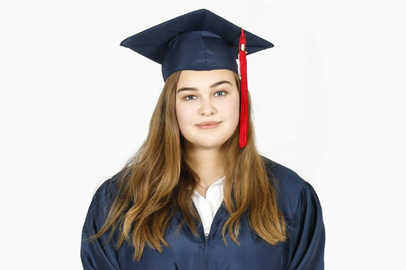 Girl with graduation outfit